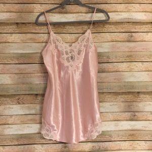 VTG Size S Victoria's Secret Blush Pink Chemise